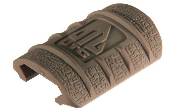 UTG Handschutzelemente für Picatinny / Weaver Schienen, FDE
